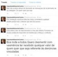 Cunha postou uma sequência de quatro mensagens em sua conta no Twitter negando 'com veemência' as acusações de Henriques. (<a href='http://politica.estadao.com.br/blogs/fausto-macedo/eduardo-cunha-se-defende-no-twitter-de-acusacoes-de-lobista-do-pmdb/' target='_blank'>Veja</a>) Posteriormente,Cunha negouter recebido dinheiro de origem ilícita e afirma não ter movimentado o repasse mencionado pelo lobista, que seria referente a uma dívida que Fernando DIniz tinha com o presidente da Câmara. (<a href='http://politica.estadao.com.br/noticias/geral,dinheiro-no-exterior-e-fruto-de-venda-de-carne-moida--diz-cunha,10000001262' target='_blank'>Leia mais</a>)