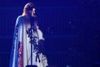 Nile Rodgers, músico e produtor, parceiro profissional de David Bowie e diretor artístico da apresentação, também subiu ao palco