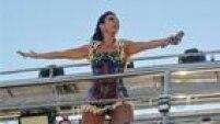 Após cantar no Circuito Barra-Ondina no sábado,Ivete Sangalo volta ao Dodô nesta segunda-feira de Carnaval