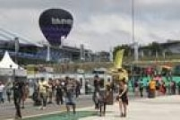 Público chegando para o primeiro dia do festival  Lollapalooza 2016