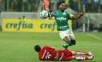 Alviverde quase viu vaga ser perdida ao levar o empate após abrir 2 a 0 no placar, mas conseguiu vaga para pegar o Fluminense