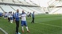 """O teste deste domingo será mais complexo do que o realizado no sábado, mas estará longe do ideal. O Corinthians até divulgou comunicado pedindo """"paciência"""" ao torcedor."""