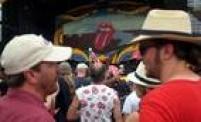 Fãs dos Rolling Stones já se concentram em frente ao palco montado em Havana para o show histórico