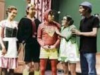 O elenco principal é composto por Roberto Bolaños, María Antonieta de las Nieves, Ramón Valdés, Florinda Meza, Carlos Villagrán, Edgar Vivar, Rubén Aguirre, Angelines Fernández, Horacio Gómez e Raúl Padilla