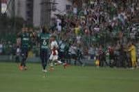 Palmeiras perde de 5 a 1 para a Chapecoense, na Arena Condá, e fica na sexta posição do Campeonato Brasileiro