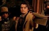 'Gangues de Nova York'. Mais uma vez esquecido pela Academia de Hollywood, DiCaprio estrela, em 2002, o longa sob a direção de Martin Scorsese. Amsterdam Vallon é o intenso e complexo personagem de DiCaprio na produção que se passa nos anos 1840