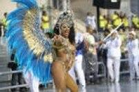 Vai-vai e Águia de Ouro (foto) são escolas de samba que têm o futebol de várzea em suas origens.