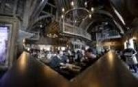 O restaurante Três Vassouras também está representado na vila de Hogsmeade
