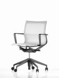 Cadeira para escritório, de R$ 3.980 por R$ 1.990, na Vitra, até 14 de fevereiro