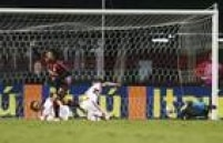 Atlético-PR surpreendeu o São Paulo no Morumbi ao ganhar por 2 a 1