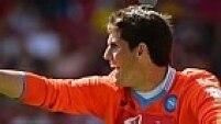 Rafael Cabral, do Napoli, pode indicar a intenção de uma renovação no gol do Brasil