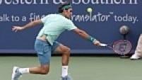 Na decisão do Masters 1.000 de Cincinatti, Federer começou melhor e venceu a primeira parcial por 6/3 em cima do espanhol David Ferrer.