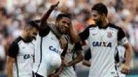 Zagueiro Yago fechou a vitória do Corinthians sobre o São Paulo por 2 a 0 e fez enorme festa