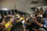 A votação, marcada por episódios de tumulto e agressões entre militantes dos pré-candidatos, escancarou as divisões internas da legenda, deixando claro que a disputa municipal foi contaminada pelo horizonte eleitoral de 2018 e mostrando que o PSDB paulistano terá sérias dificuldades pela frente