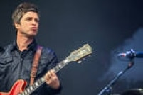 Noel Gallagher se apresenta no segundo dia do Festival Lollapalooza