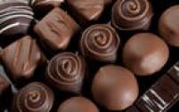 5 - Os fatores alimentares costumam ser individuais, mas alguns alimentos podem desencadear o problema como: chocolate, queijos amarelos e molhos vermelhos