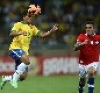 LATERAL DIREITO: Jean, Fluminense, 26 anos. Um dos destaques da campanha do título nacional do ano passado, o volante de origem foi convocado para ficar no banco de Daniel Alves