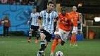 Na prorrogação, a Holanda atacou mais, mas a Argentina conseguiu segurar o resultado.