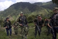 Juan Pablo, de 41 anos, comanda a Frente 36 das Forças Armadas Revolucionárias da Colômbia (Farc), uma das mais ativas militarmente. Ele tem na ponta da lingua passagens de discursos de Fidel Castro, mas nunca pisou em um cinema, dirigiu um carro ou foi a um restaurante