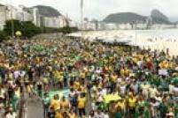 No Rio de Janeiro, os protestos contra o governo da presidente Dilma Rousseff (PT) se concentraram na Praia de Copacabana, na zona sul da cidade