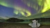 GRA062. PARQUE NACIONAL SKAFTAFELL (ISLANDIA), 08/09/2014.- Imagen facilitada por la expedición científica del proyecto europeo Gloria (Global Robotic-telescopes Intelligent Array) que ha obtenido espectaculares imágenes de auroras boreales en Islandia y Groenlandia gracias a la eyección de masa coronal del sol durante el actual período de actividad máxima solar. El astrónomo y fotógrafo Juan Carlos Casado ha formado parte de una expedición del instituto de Astrofísica de Canarias (IAC), liderada por el astrónomo Miquel Serra, que se desplazó la última semana de agosto a las regiones polares para observar de cerca el fenómeno, fotografiarlo y retransmitir imágenes en directo a través de internet y la red de telescopios robóticos integrada en este proyecto de ciencia ciudadana. Esta imagen fue captada por Casado en el glaciar Vatnajökull, el mayor glaciar de Islandia y uno de los más grandes de Europa. EFE/Juan Carlos Casado ***SOLO USO EDITORIAL***