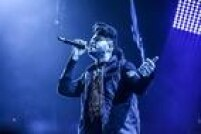 Outro destaque é The Weeknd, o artista canadense de R&B que fez sucesso em 2015 com a música Can't Feel My Face e que será candidato a sete Grammys, incluindo melhor gravação e melhor álbum (Beauty Behind the Madness).