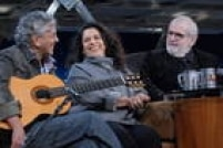 No programa que foi ao ar em novembro de 2011,Jô reuniuCaetano Veloso e Gal Costa, que falaram dessa amizade e do CD 'Recanto', que ele criou para ela cantar