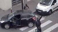 Dois irmãos atacaram a sede do Charlei Hebdo, matando 10 pessoas e, do lado de fora, dois seguranças. No dia seguinte, um homem matou uma policial no trânsito em nome do EI. Mais um dia depois, o mesmo matou quatro reféns em um mercado judeu