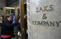 No dia 29 de fevereiro de 2012, Eduardo Cunha gastou US$ 2.327, 25 na loja de roupas Saks Fifth Avenue e mais US$ 3.803,85 em outra loja, a Salvatore Ferragamo, e mais US$ 576 no restaurante Carpaccio Bal Harbour.