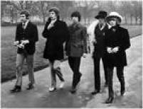 Em 1961, quando tinham por volta de 18 anos, Mick e Keith voltam a se encontrar, por acaso. Richard vê Jagger com vários discos de vinil e se aproxima do antigo amigo de escola. Começam a conversar e a tocar juntos covers de blues. Um ano depois desse reencontro, nascia os Rolling Stones