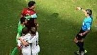 Brasileiro naturalizado, Pepe perdeu a cabeça após cometer falta em Muller e foi expulso
