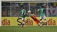 Com grandes defesas no primeiro tempo, Fábio foi um dos melhores da partida no estádio paulista