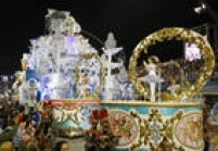 Detalhesde carro alegórico da Nenê de Vila Matilde