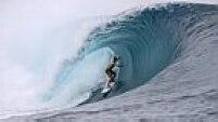 Com a vitória na sétima etapa, o surfista de apenas 20 anos não só manteve a liderança do ranking mundial como ampliou a vantagem para o segundo colocado, Kelly Slater