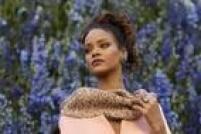 Com o polêmico recém-lançado Anti, Rihanna fará um dos shows mais aguardados da noite do Grammy. Para surpresa dos fãs, a cantora deixou para trás as músicas dançantes para promover um som mais indie psicodélico próximo do soul