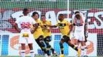 Pela oitava rodada do Campeonato Paulista, o São Paulo recebeu o São Bernardo no Pacaembu e foi surpreendido: 3 a 1 para o time rival, de virada