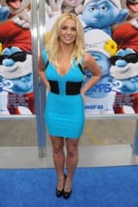 Britney manteve os lábios naturais mesmo após o preenchimento. Em 2013, apareceu na premiére do filme Smurfs com a boca bem mais fina.