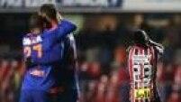 Jogadores do Sport comemoram ponto somado no Morumbi e Thiago Mendes lamente o empate