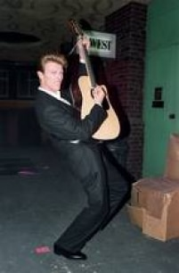 O britânico David Bowie em performance de1990