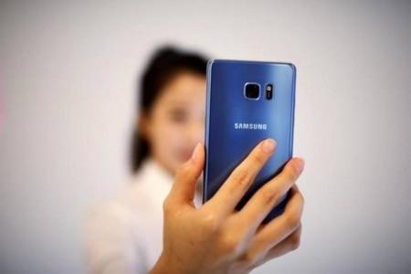 http://link.estadao.com.br/noticias/gadget,samsung-pode-lancar-galaxy-note-8-em-agosto,70001850770