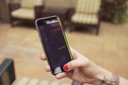 http://link.estadao.com.br/noticias/empresas,nubank-vai-usar-geolocalizacao-de-smartphone-para-evitar-fraudes,70001946002