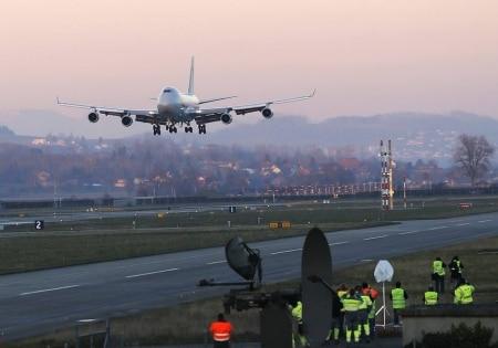 http://link.estadao.com.br/noticias/inovacao,boeing-quer-desenvolver-avioes-capazes-de-voar-sem-piloto,70001831816