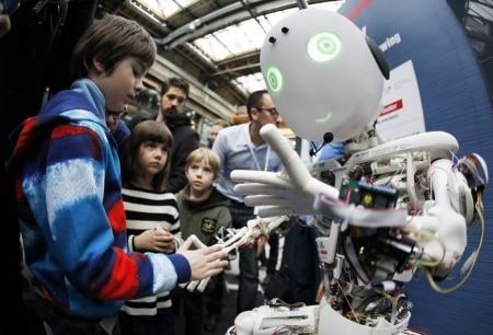 http://link.estadao.com.br/noticias/inovacao,sistema-de-inteligencia-artificial-avanca-na-analise-de-imagens-em-movimento,70001860906