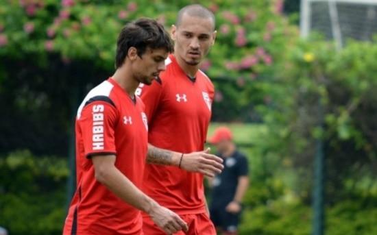 Rodrigo Caio e Maicon vão formar a dupla de zaga do São Paulo nesta terça
