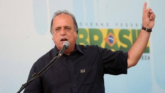 Luiz Fernando Pezão concorre ao governo do Estado do Rio de Janeiro