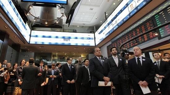 Bolsa ameaçou passar dos 62 mil pontos, mas acabou o dia em queda de 0,24%