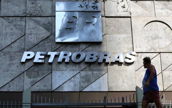 Projeto do senador José Serra desobriga a Petrobrás de ser a operadora única no pré-sal