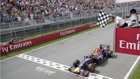 Ricciardo encerra sequência de vitórias da Mercedes