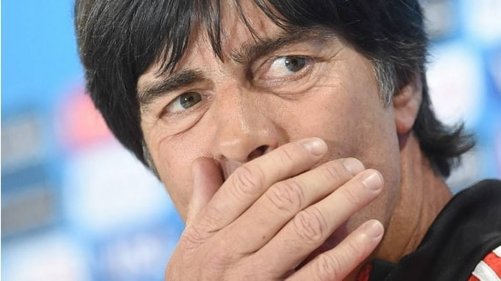 Löw diz estar preocupado com a agressividade que o Brasil pode mostrar em campo