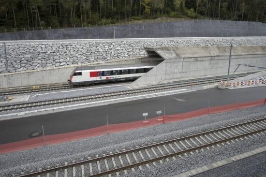 Túnel de São Gotardo custou US$ 12 bilhões